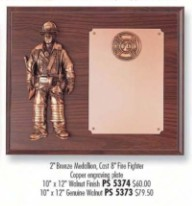 FIREMEN PLAQUE WITH MEDALLION - Product Image